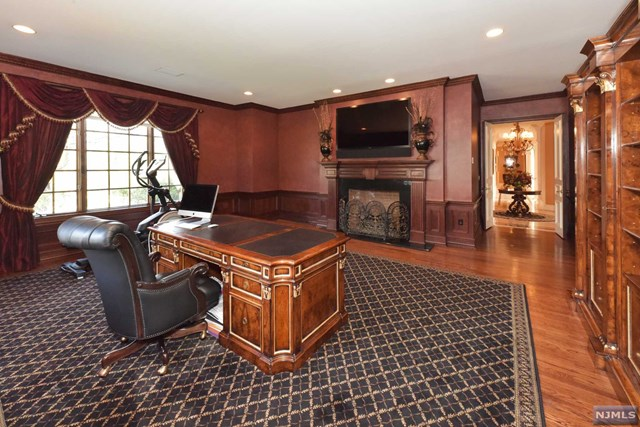 Additional photo for property listing at 114 Seminary Dr 114 Seminary Dr Mahwah, ニュージャージー,07430 アメリカ合衆国