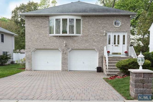 55 Spring Ave, Bergenfield, NJ 07621