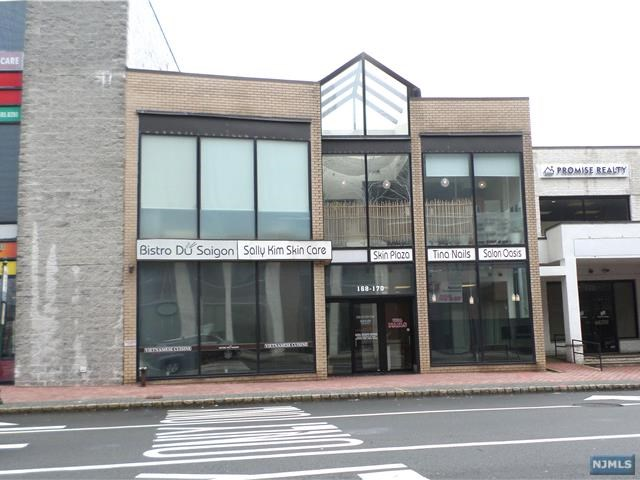 168-170 Main St, Fort Lee, NJ 07024