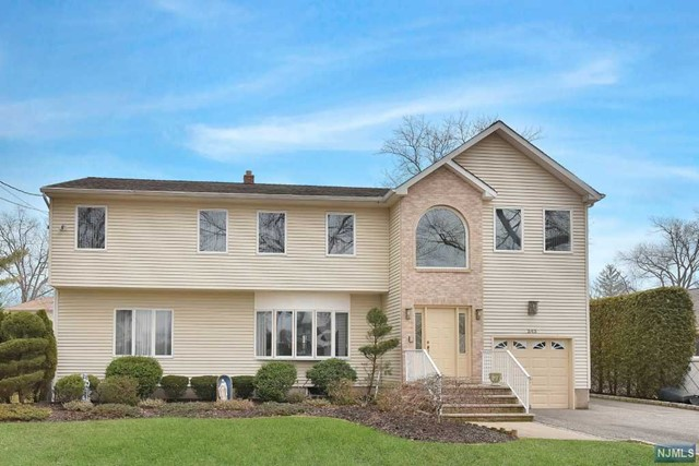 343 Jordan Rd, New Milford, NJ 07646