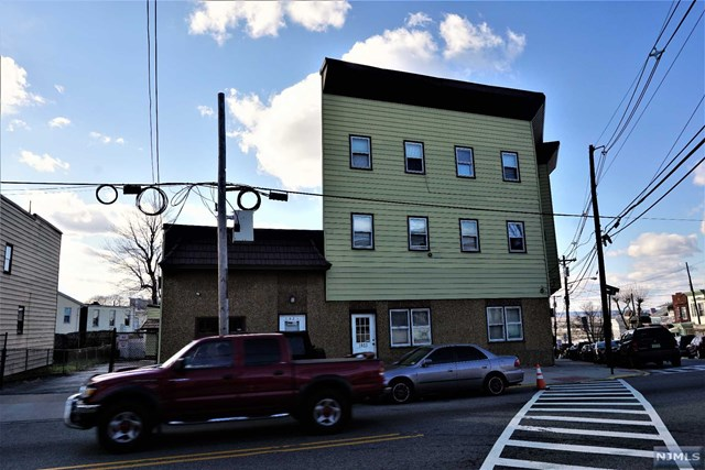 1021-23 Paterson Plank Rd, North Bergen, NJ 07047