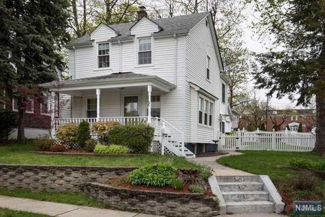36 Lakeview St, River Edge, NJ 07661