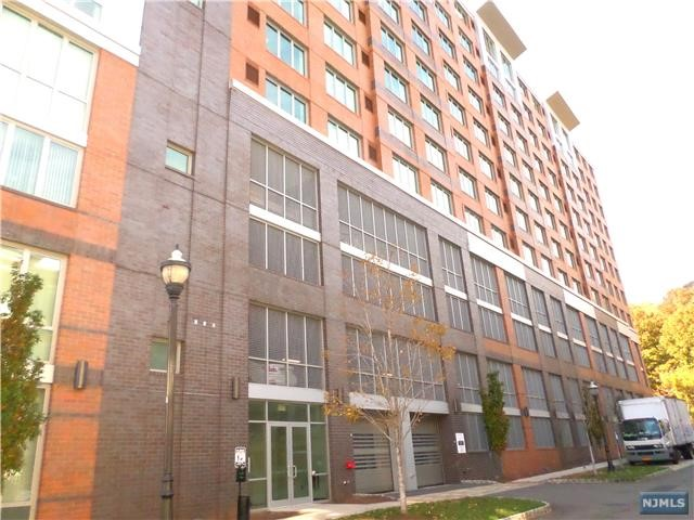 1200 Ave At Port Imperial 408, Weehawken, NJ 07086