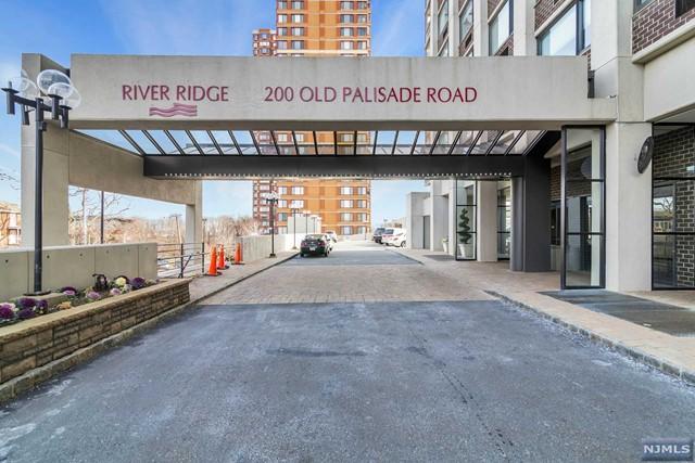 200 Old Palisade Rd 26 F, Fort Lee, NJ 07024