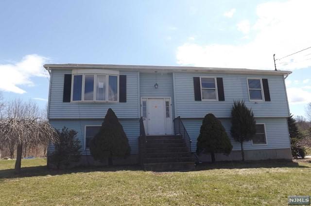 24 Beemer Rd, Wantage, NJ 07461