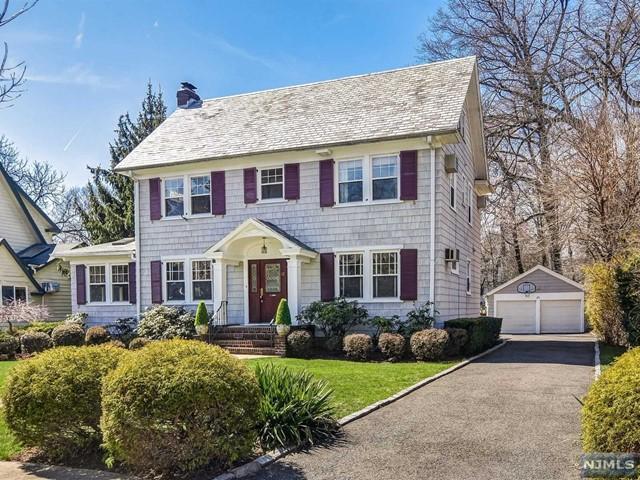 12 Mitchell Pl, Glen Ridge, NJ 07028