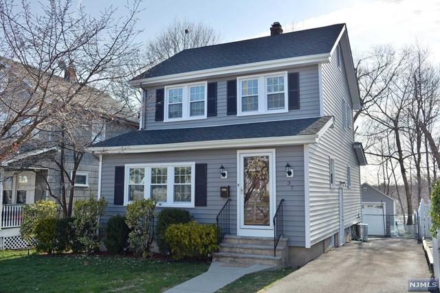 37 Windsor Rd, Oradell, NJ 07649