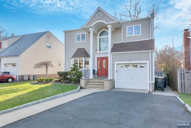 74 Cameron Rd, Bergenfield, NJ 07621