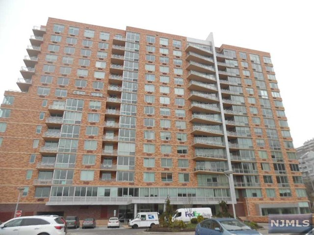 216 Hudson Park 216, Edgewater, NJ 07020