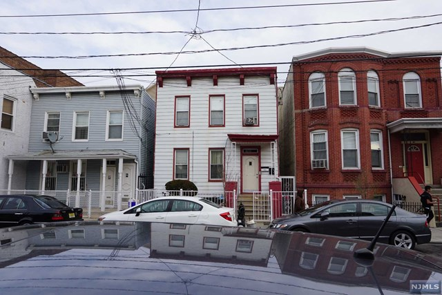 6116 Hudson Ave, West New York, NJ 07093