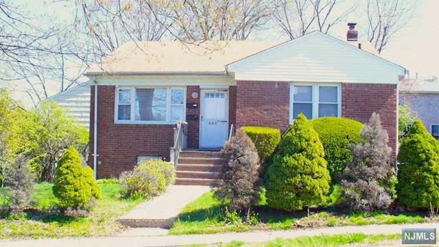 427 North Ave, Fort Lee, NJ 07024