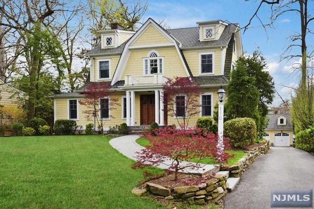 116 Sheridan Ter, Ridgewood, NJ 07450