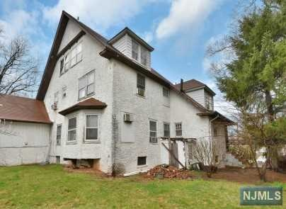 Additional photo for property listing at 104 Summit Ave 104 Summit Ave Hackensack, Nova Jersey,07601 Estados Unidos
