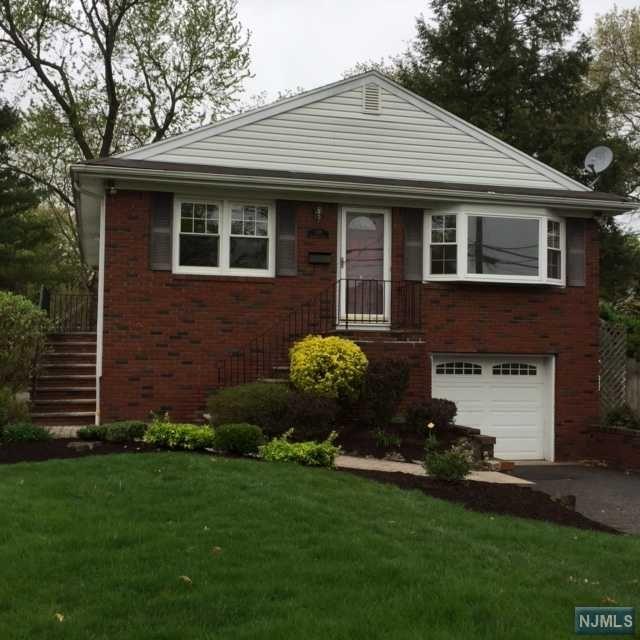 318 Walthery Ave, Ridgewood, NJ 07450