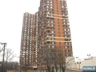 100 Old Palisade Rd 915, Fort Lee, NJ 07024