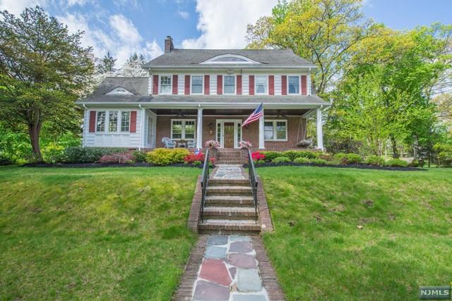 848 Hillcrest Rd, Ridgewood, NJ 07450