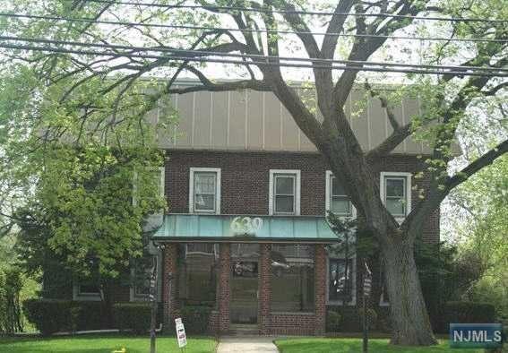 639 Teaneck Rd, Teaneck, NJ 07666