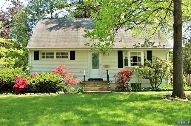 456 Dorchester Rd, Ridgewood, NJ 07450