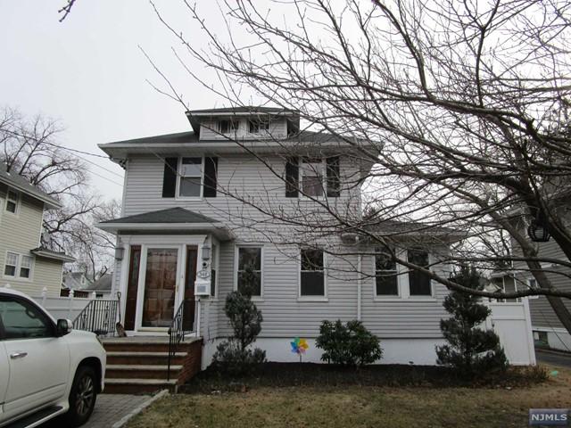 348 Rochelle Ave, Rochelle Park, NJ 07662