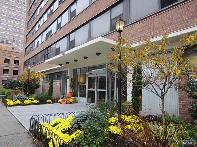 135 Montgomery St 10 H, Jersey City, NJ 07302