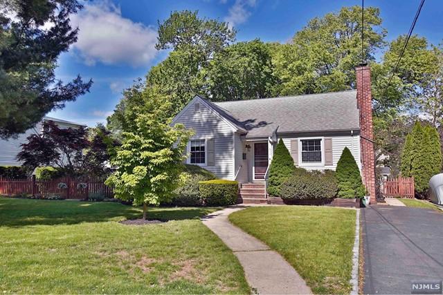 355 Marshall St, Ridgewood, NJ 07450