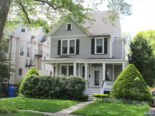 47 Donaldson Ave, Rutherford, NJ 07070
