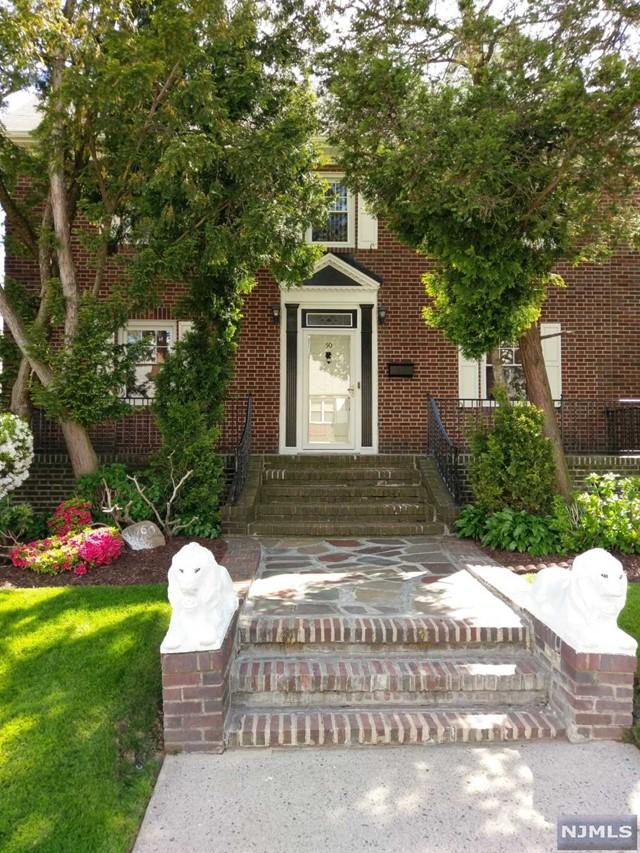 46-50 Lawton Ave, Cliffside Park, NJ 07010
