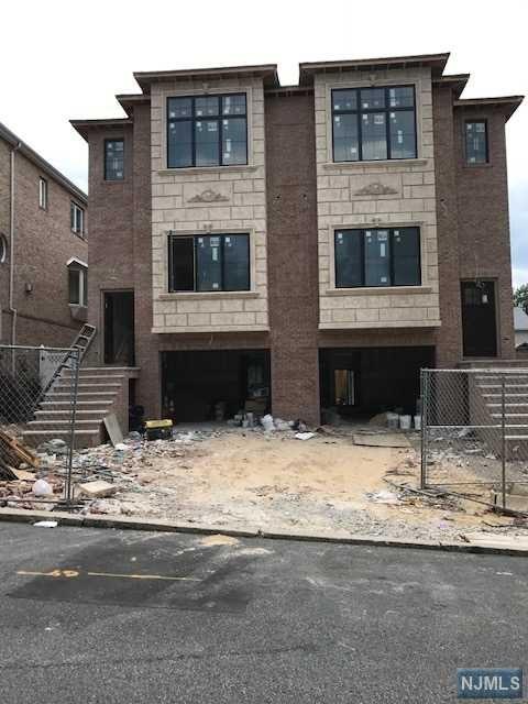 450 Nelson Ave, Cliffside Park, NJ 07010