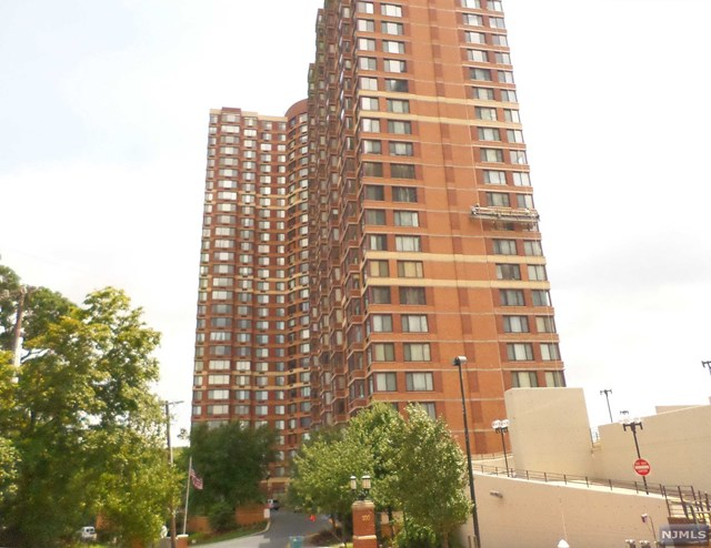 100 Old Palisade Rd 2615, Fort Lee, NJ 07024