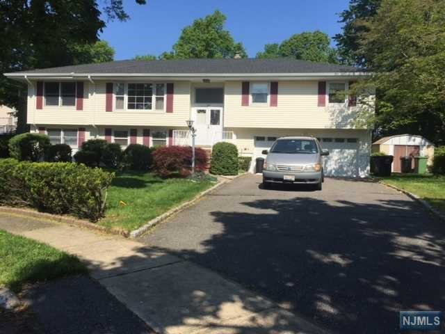 243 Virginia Ct, Paramus, NJ 07652