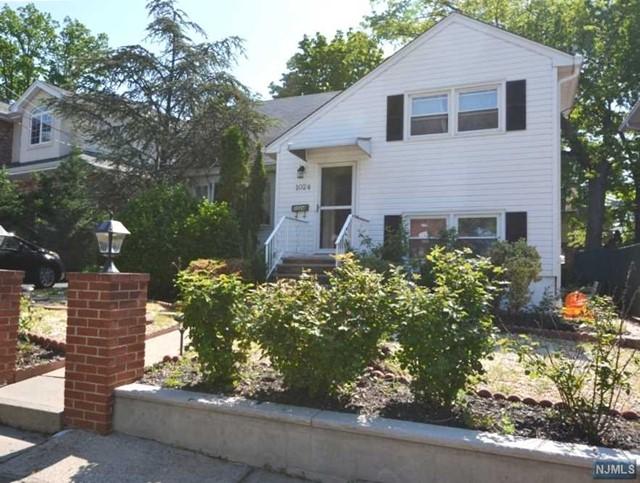 1024 Bergen Blvd, Fort Lee, NJ 07024