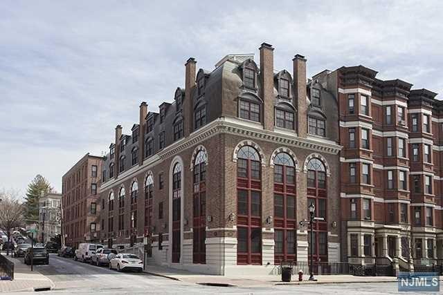 829 Washington St, Hoboken, NJ 07030