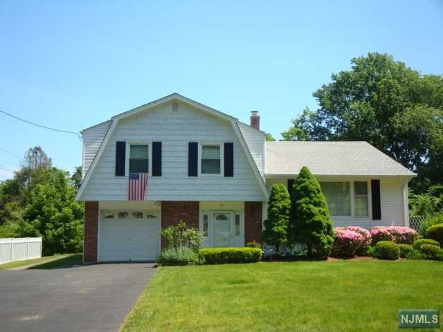 79 Mountain Ave, Westwood, NJ 07675