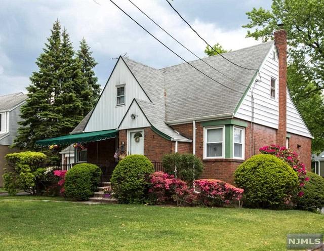 198 Elm St, Cresskill, NJ 07626