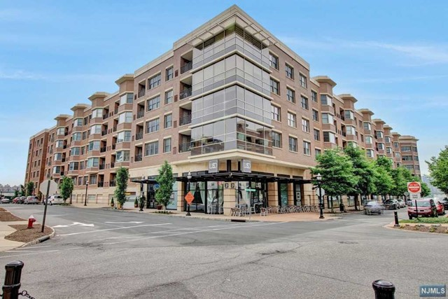 20 Ave At Port Imperial 430, West New York, NJ 07093