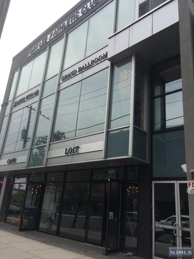 2029 Lemoine Ave, Fort Lee, NJ 07024