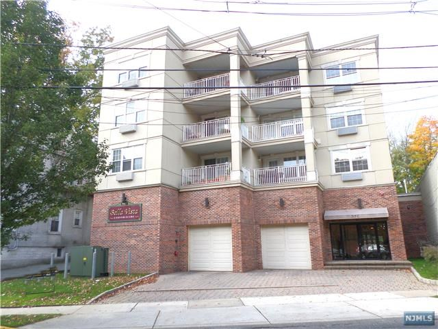 547 Gorge Rd 4a, Cliffside Park, NJ 07010