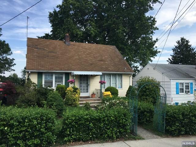 244 Farnham Ave, Lodi, NJ 07644