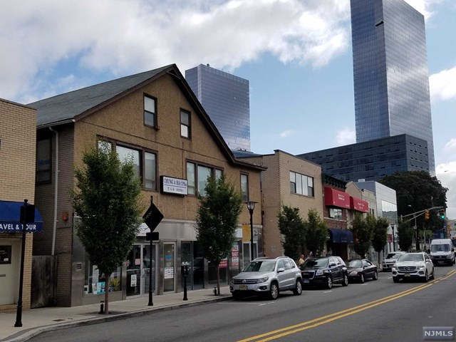 Commercial / Office for Sale at 215 Main Street Fort Lee, New Jersey 07024 United States