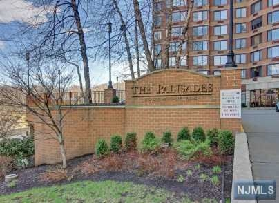100 Old Palisade Rd 1112, Fort Lee, NJ 07024