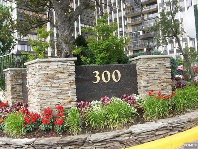 300 Winston Dr L10, Cliffside Park, NJ 07010