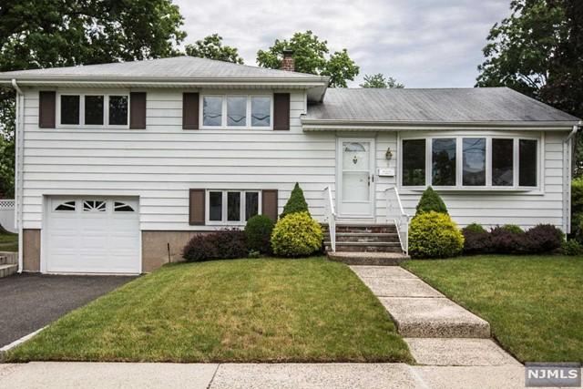 95 Harding Ave, Dumont, NJ 07628