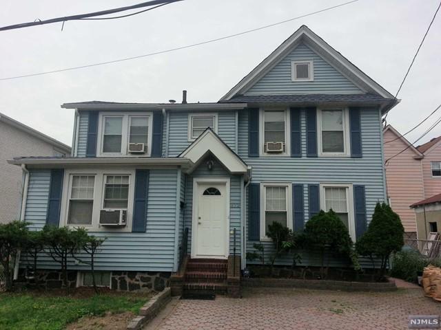 472 Catherine St, Fort Lee, NJ 07024