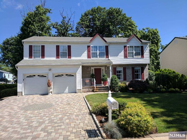 331 Marguerite St, New Milford, NJ 07646