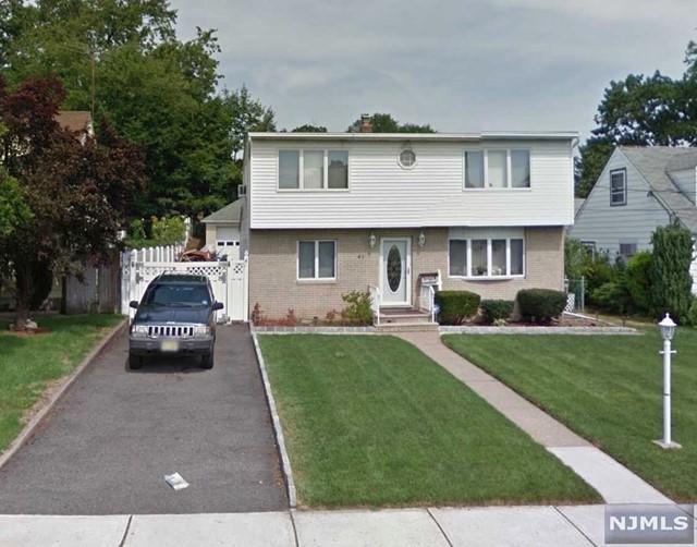 61 Hamilton Ave, Elmwood Park, NJ 07407