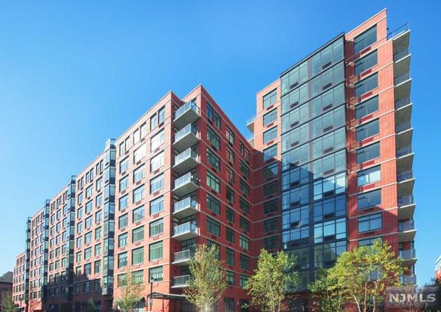 1400 Hudson St 214, Hoboken, NJ 07030