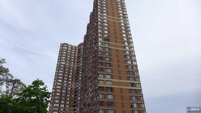 100 Old Palisade Rd 3411, Fort Lee, NJ 07024