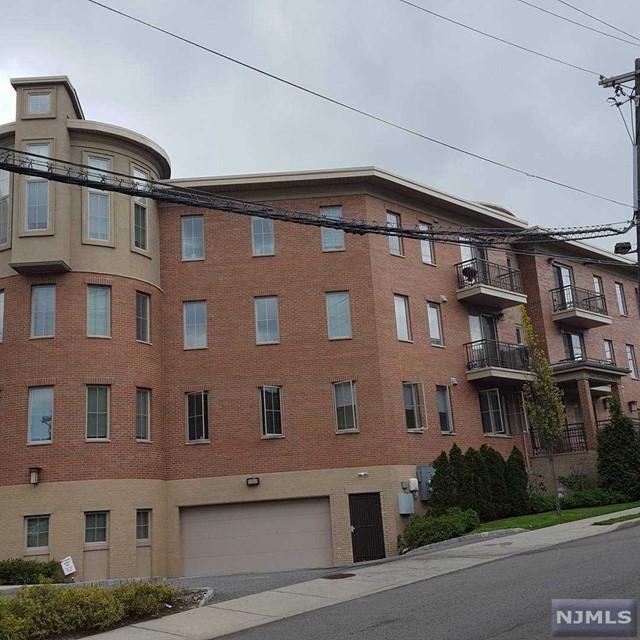 250 Laird Ave 102, Cliffside Park, NJ 07010
