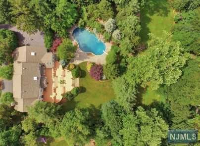 Additional photo for property listing at 108 Fawnhill Rd 108 Fawnhill Rd Upper Saddle River, New Jersey,07458 United States