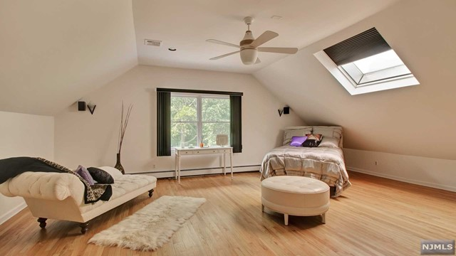 Additional photo for property listing at 108 Fawnhill Rd 108 Fawnhill Rd Upper Saddle River, New Jersey,07458 États-Unis